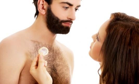 Condones, sexo, pareja