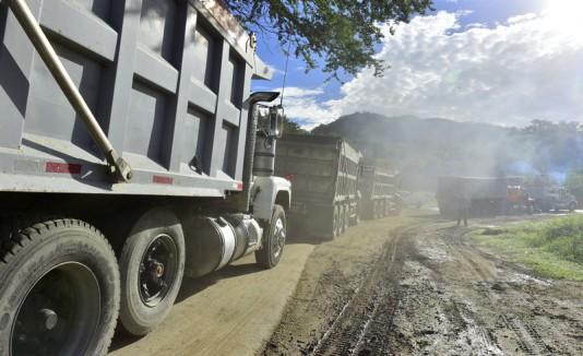 Camiones con cenizas