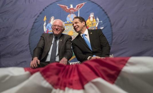 Andrew Cuomo y Bernie Sanders