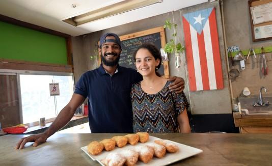 Vidal Carrión e Irene Charrón, propietarios de Productos Gostosos
