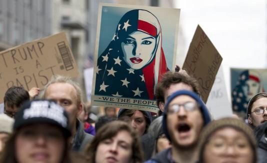 Mujeres marchan contra Trump en Washington