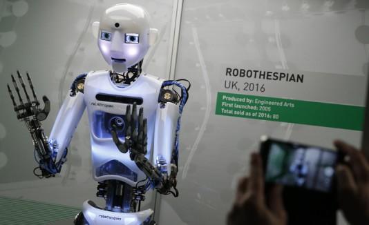Muestran la evolución de los robots en Londres
