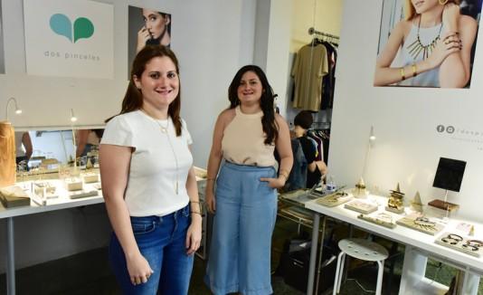 Patricia y Gabriela Urrutia