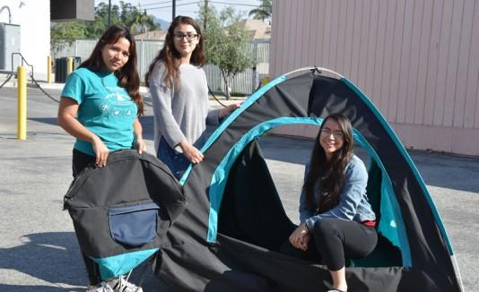 Tienda de campaña solar para desamparados