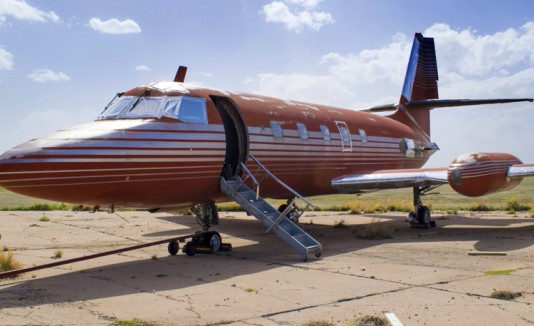Subastan jet privado de Elvis Presley