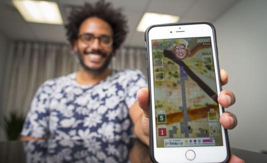 Boricua diseña un videojuego anti-Trump