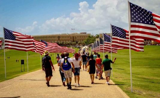 Banderas de los Estados Unidos en el Morro
