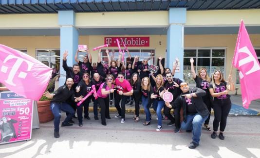 T-Mobile Puerto Rico abre su primera tienda en Cidra