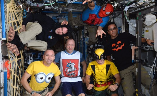 Astronautas en Halloween