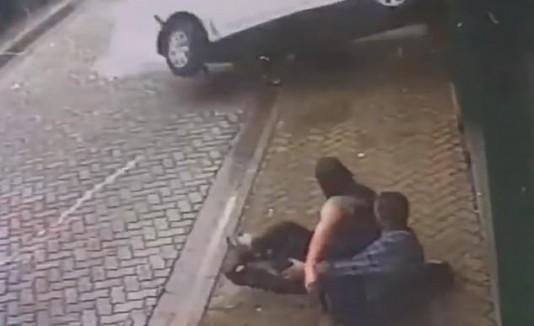 Novio salva a novia