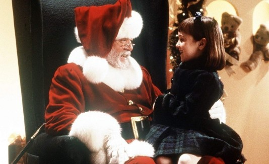 Richard Attenborough y Mara Wilson en Miracle on 34th Street (1994).