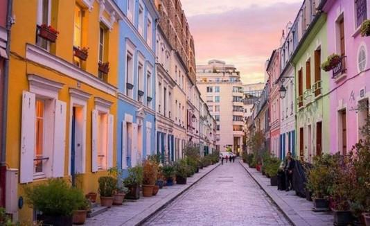 calle en París