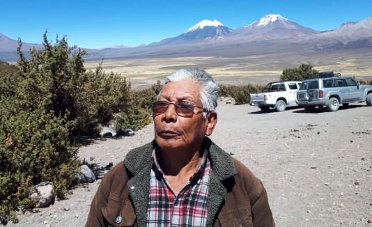 """""""Don Lucho"""" aún era Luis Flores, tenía 19 años y era un voluntario más en el Regimiento Manchego XII de Infantería en Santa Cruz (Bolivia)."""