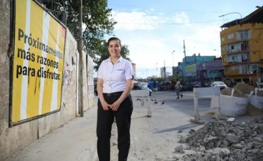 Yermina Benítez vive en la Villa 31, una favela de la Ciudad de Buenos Aires.