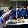 El equipo del Instituto de Banca y Comercio ofreció varias estaciones culinarias durante el Festival del Atlántico de Arecibo.