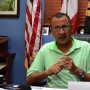 El alcalde de Yauco, Abel Nazario, sostuvo que el municipio operará hasta que puedan cobrar las remesas del CRIM y el de otras agencias gubernamentales que le adeudan al ayuntamiento.