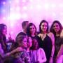 Angelina Jolie estuvo acompañada por sus hijas Zahara y Shilloh en el evento.