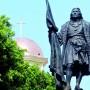 Estatua de Cristóbal Colón en la plaza pública de Mayagüez.