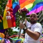 Miles se concentraron en recuerdo de las víctimas de Orlando.