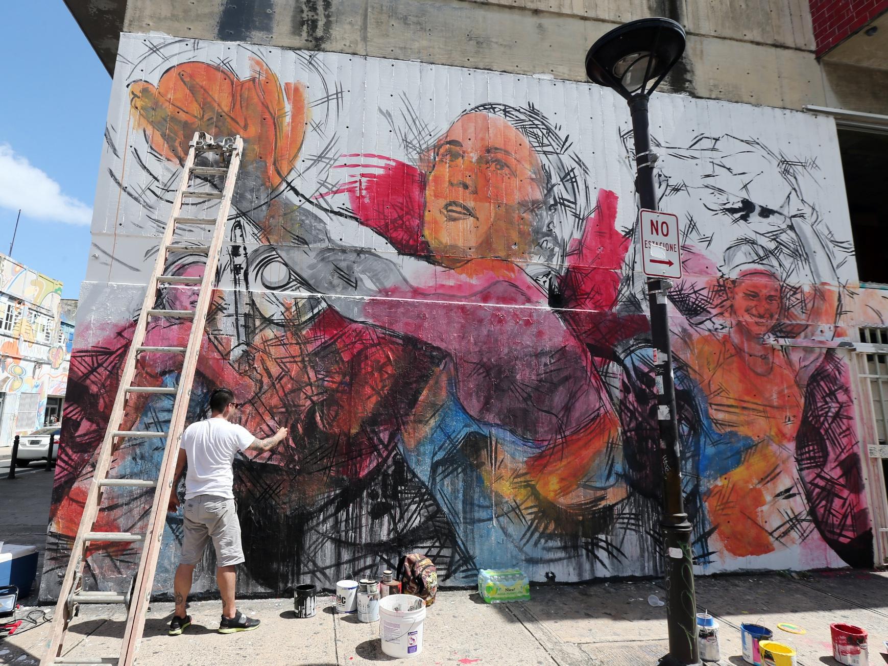 Un mural para nuestra medallista dorada for Mural nuestra carne