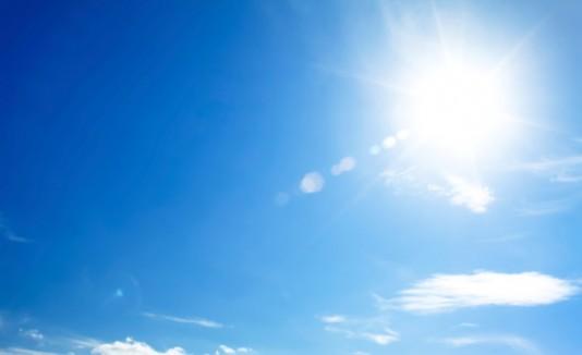 Día Soleado Y Caluroso En La Isla