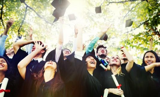 8 Canciones Que De Seguro Has Escuchado En Una Graduación