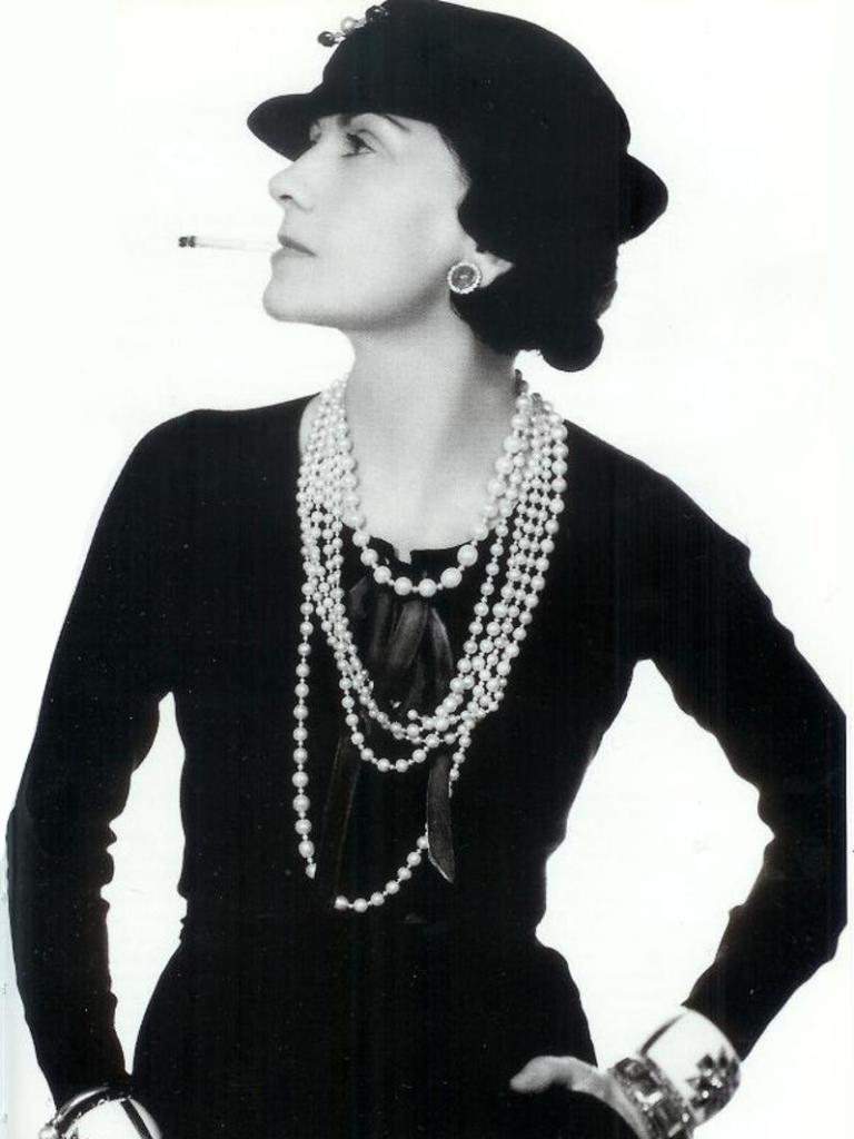 d028dcef7 7 inventos de Coco Chanel que marcaron nuestra moda